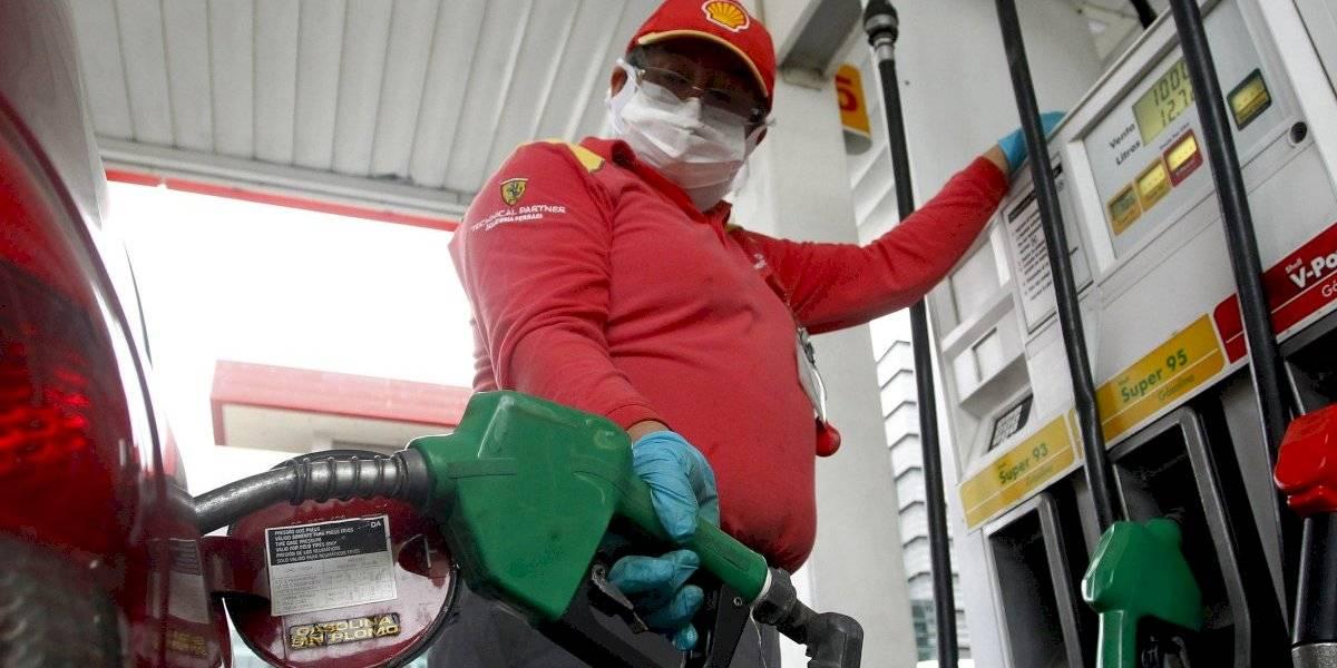 Una buena por lo menos: precios de las bencinas vuelven a bajar este jueves