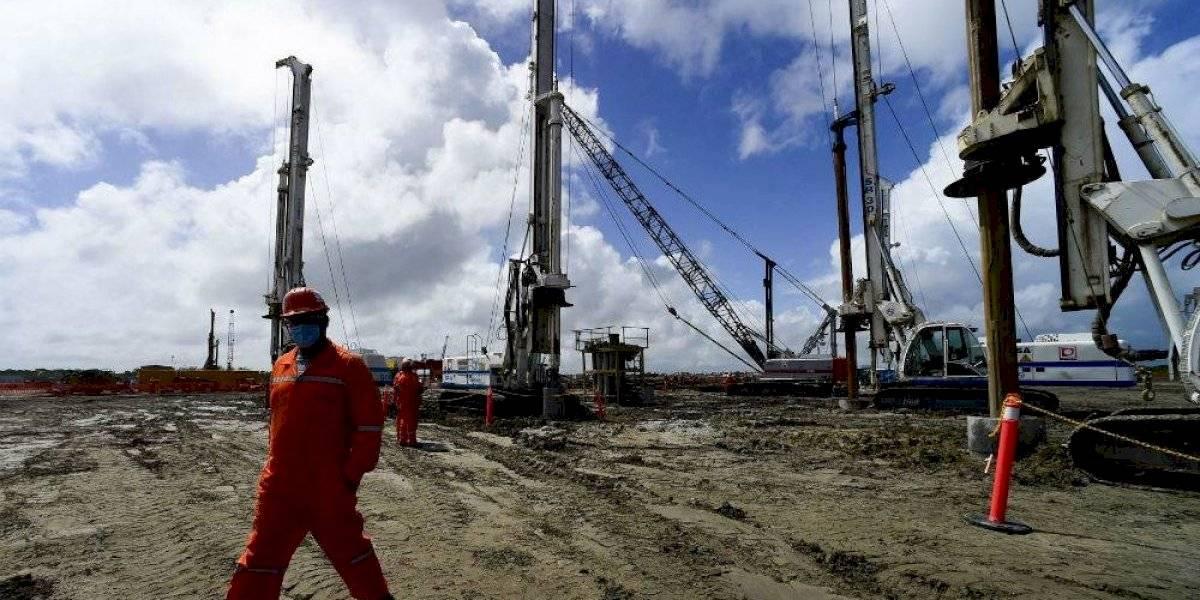 Greenpeace consigue amparo en contra de la política energética de AMLO