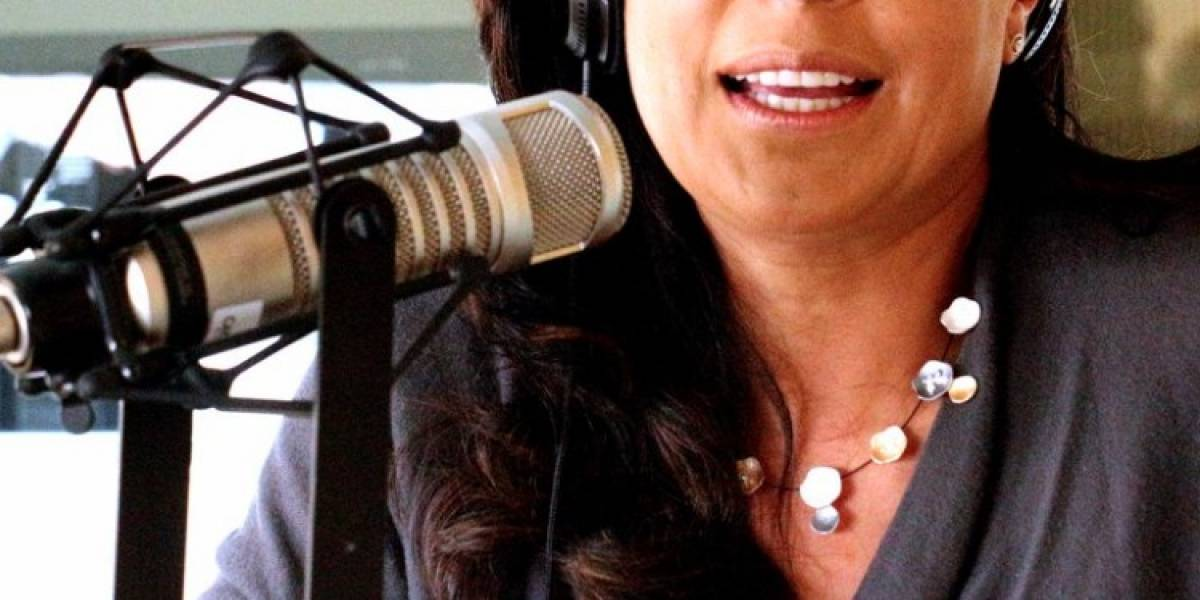 Famosa presentadora que sobrevivió a un disparo escribirá un libro sobre su vida