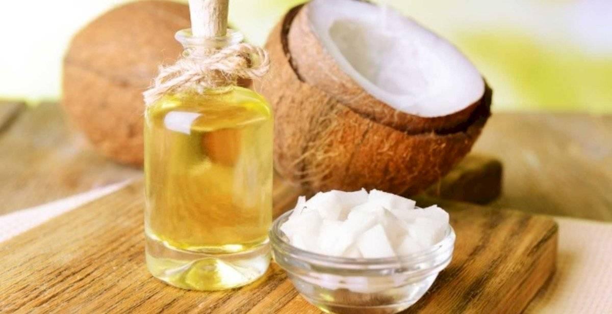 Una loción con aceites naturales te ayudará a eliminar la papada