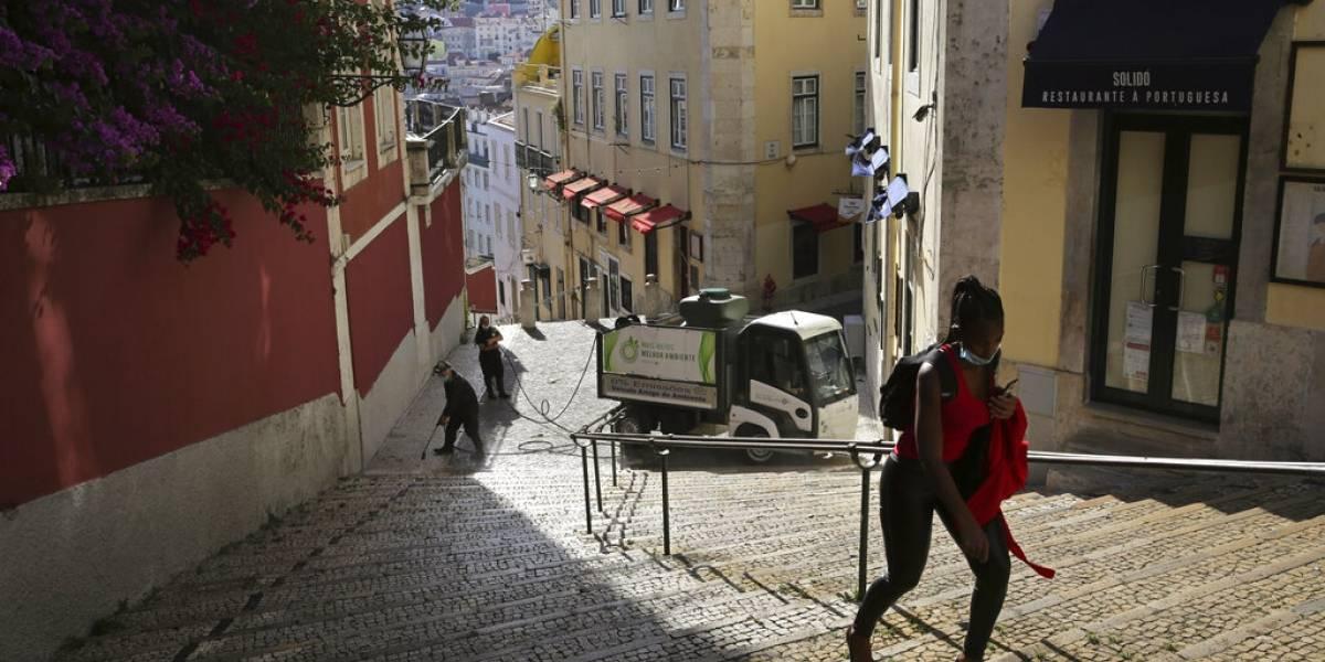 Vuelven las cuarentenas a Europa: Portugal decreta confinamiento en casi toda su capital por rebrote