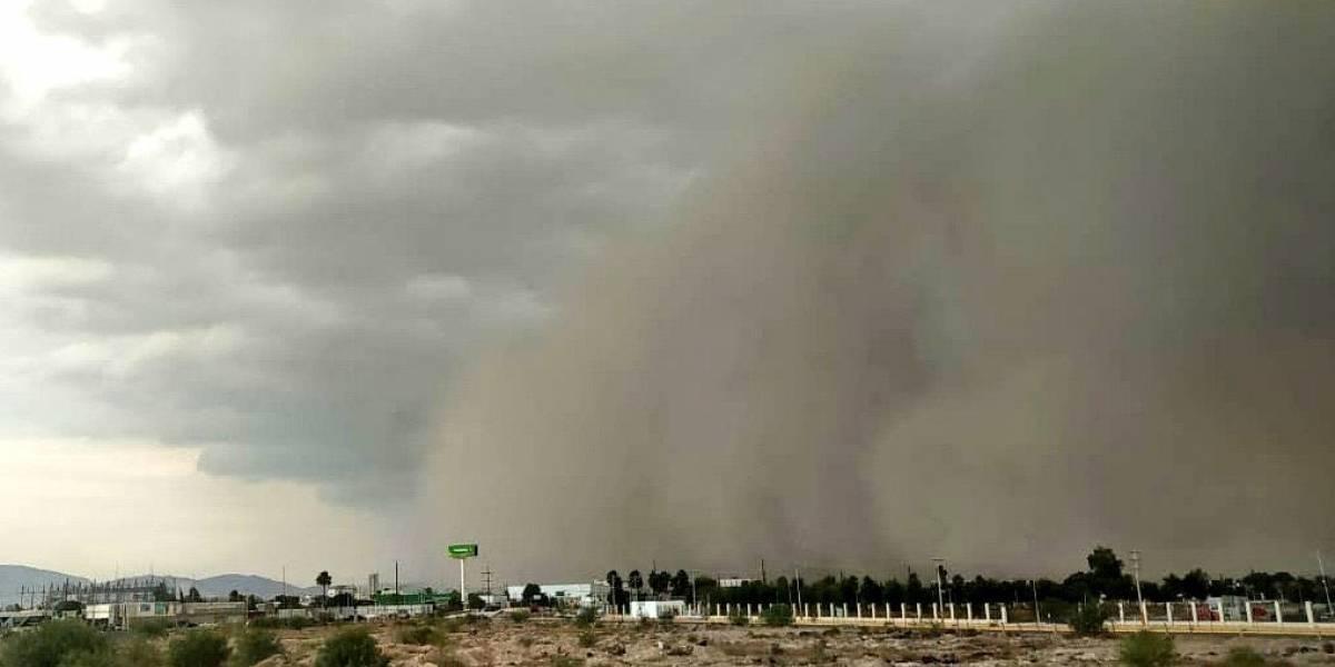 ¡Impresionante! Muestran cómo una nube de arena del Sahara deja en oscuridad una zona entera en México