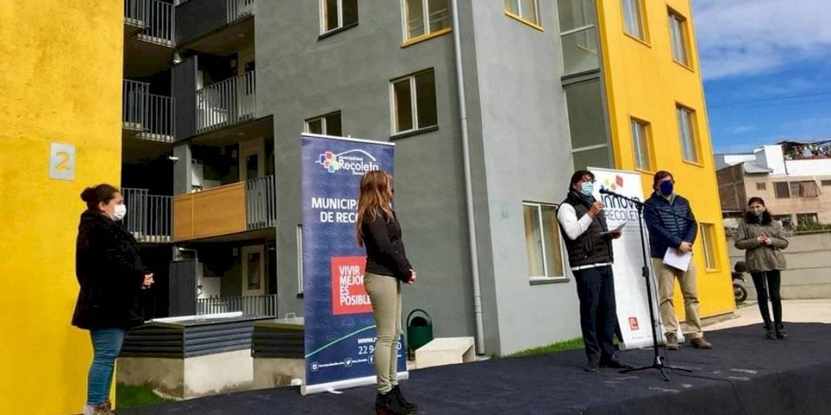 Recoleta entrega primeros departamentos de inmobiliaria popular