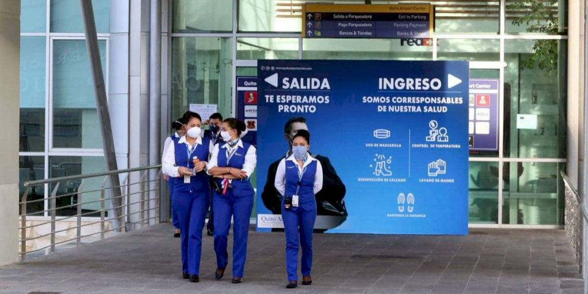Empleados públicos, turismo y pequeñas reuniones familiares: Ecuador relaja sus medidas de confinamiento por el covid-19