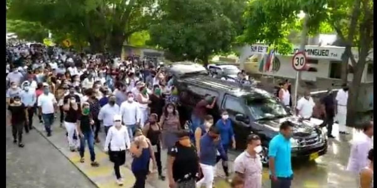 500 personas asistieron a un sepelio pese a los contagios por coronavirus
