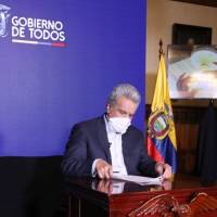 Lenín Moreno eliminó la reducción de los sueldos a los viceministros mediante Decreto