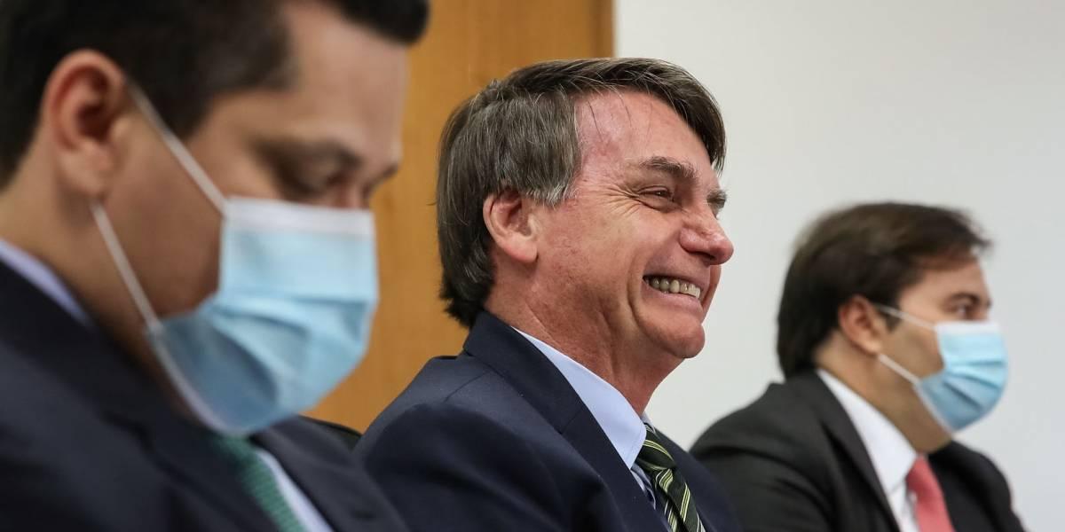 AGU contesta decisão que obrigou Bolsonaro a usar máscara: 'deve ser tratado como qualquer cidadão'