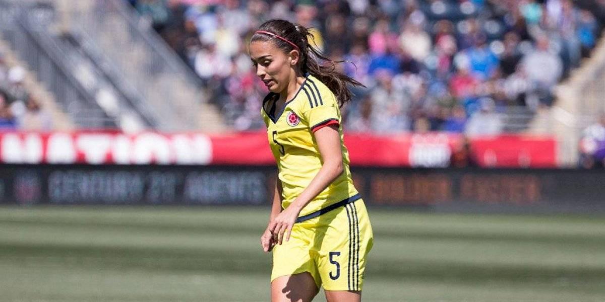 Isabella Echeverri protagoniza noticia del día en fútbol femenino para pasar la tusa del Mundial