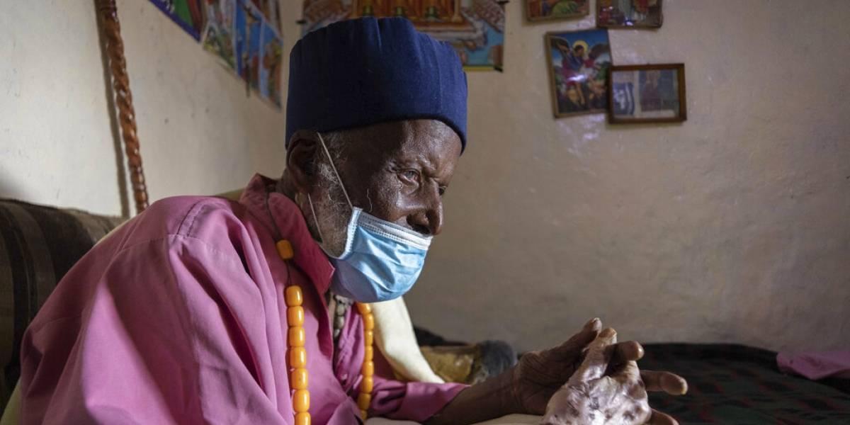 ¡Tiene 114 años! Un monje etíope logra sobrevivir al temible coronavirus