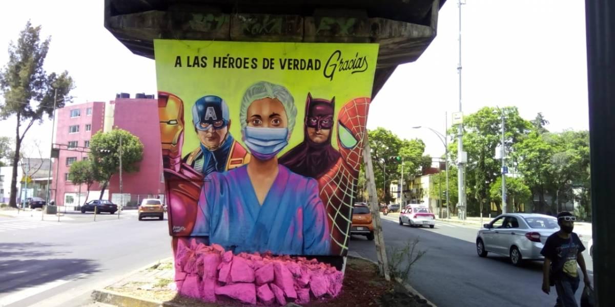 Colocan en avenida Congreso de la Unión murales fluorescentes