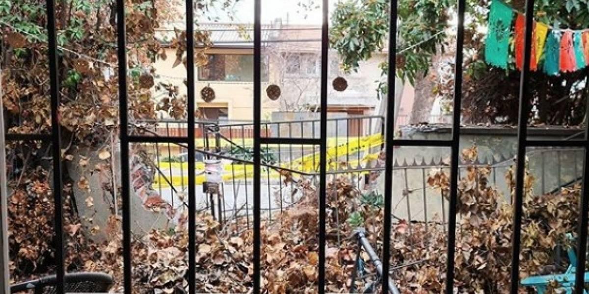 Conductor en estado de ebriedad colisiona contra casa de Connie Achurra en Providencia