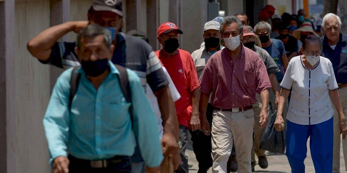 México entra en el top 10 de casos confirmados de Covid-19 en el mundo