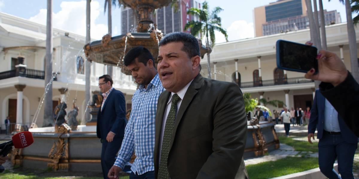 Venezuela. La UE impone sanciones contra Luis Parra y otros diez altos cargos del Gobierno de Maduro