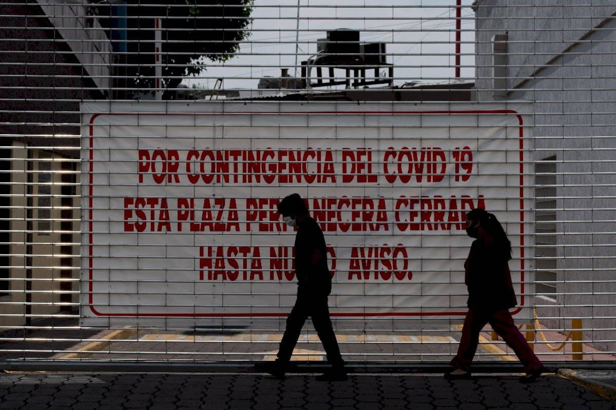Advertencia de contagio en las plaza comerciales,