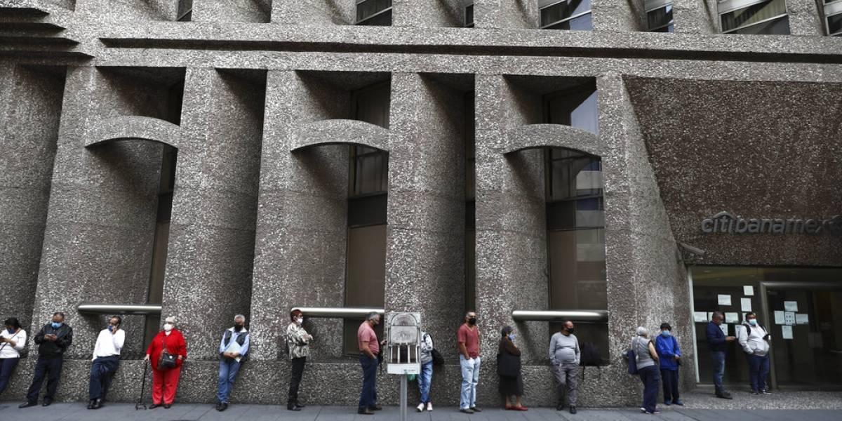 Ciudad de México reabre pese a más casos de coronavirus