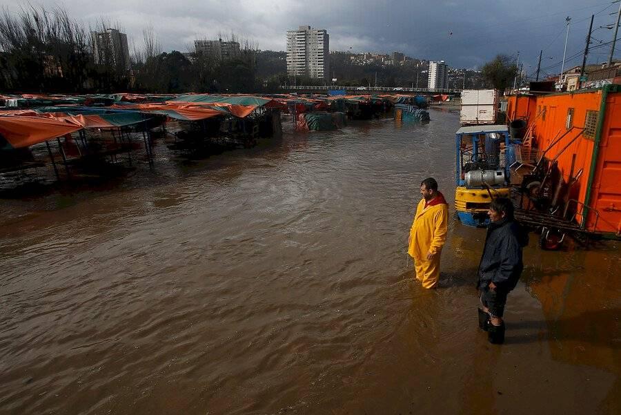 Estero Marga Marga inundado en Viña del Mar / Foto: Aton Chile