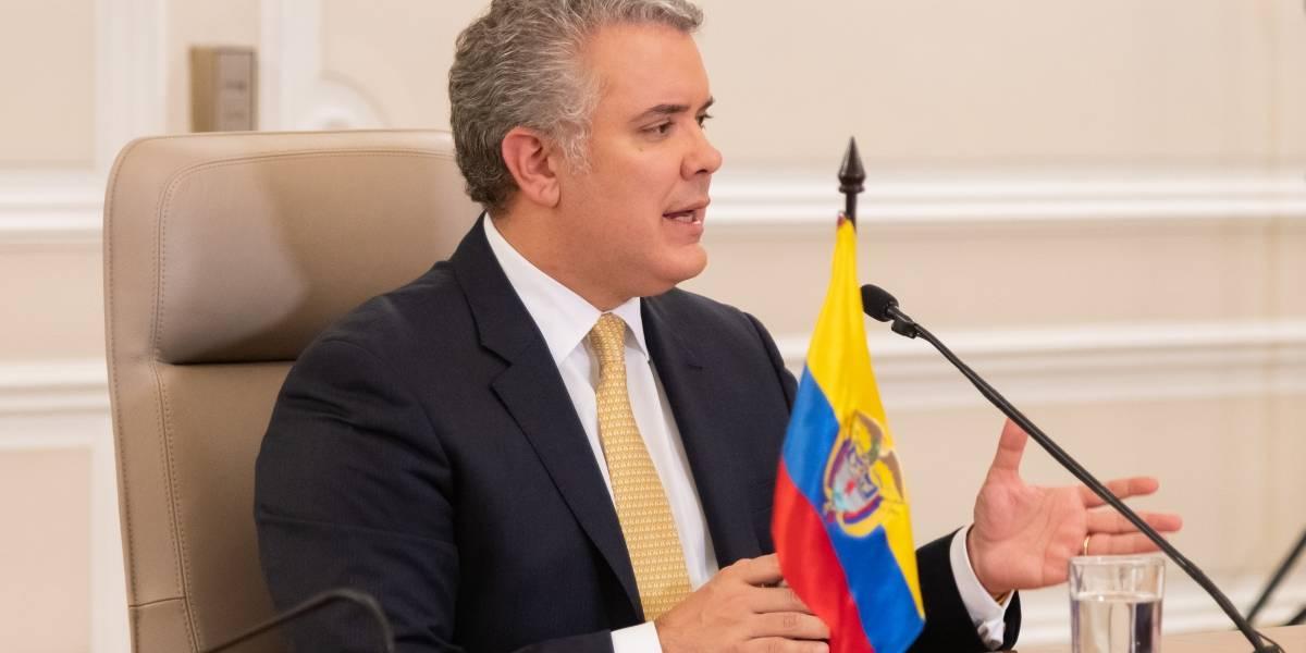 Burlas en redes sociales por el extenso nombre del aislamiento en Colombia