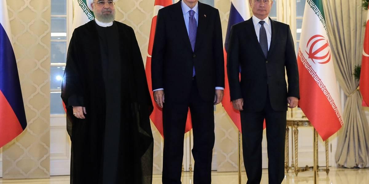 Siria.- Putin, Erdogan y Rohani discutirán sobre Siria este miércoles por videoconferencia
