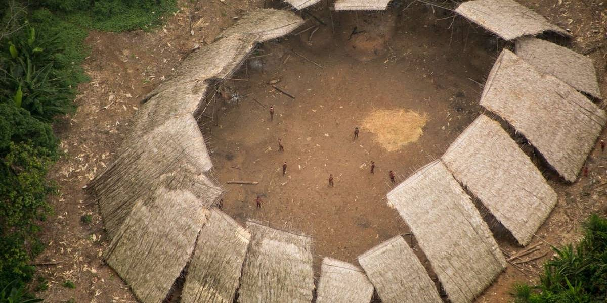 Brasil.- Survival denuncia la muerte de dos indígenas yanomami a manos de mineros ilegales en la Amazonía brasileña