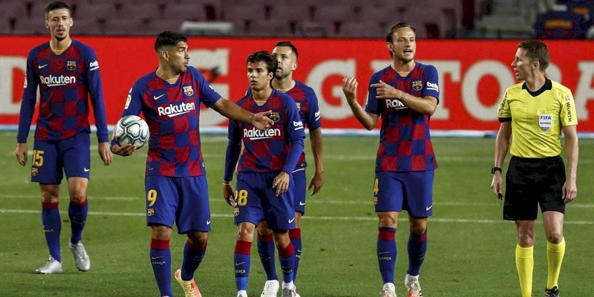 Barcelona empata ante el Atleti y se aleja del título