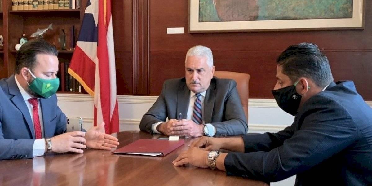Alcaldes asociados y federados se reúnen con líderes legislativos para discutir el Código Municipal
