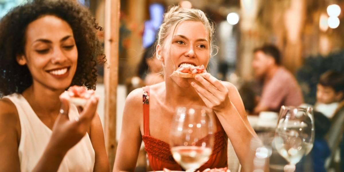 Fome depois de comer e outros maus hábitos alimentares que têm uma solução