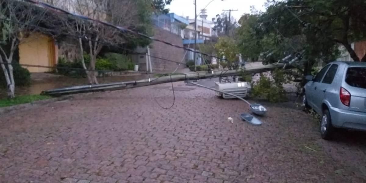 'Ciclone bomba' deixa sete mortos e estragos em várias cidades do Sul