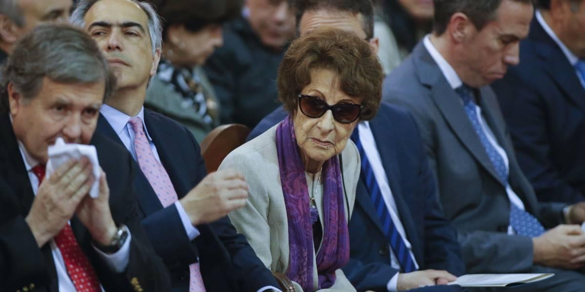 Ex Presidenta Bachelet aclara que féretro de su madre nunca estuvo en su casa y que ya se hizo rito funerario