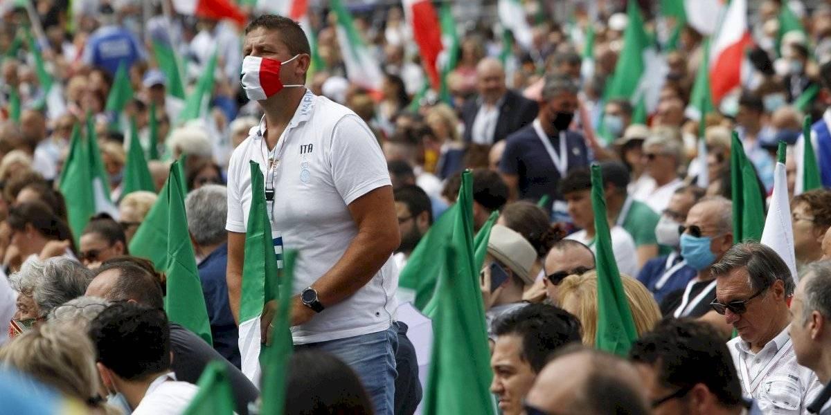 Italia tiene aumento de casos nuevos de COVID-19 por quinto día