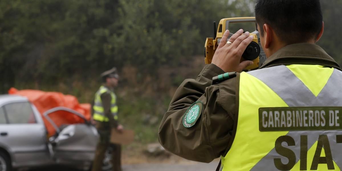 Tres muertos dejó choque de vehículo contra un árbol en Colina