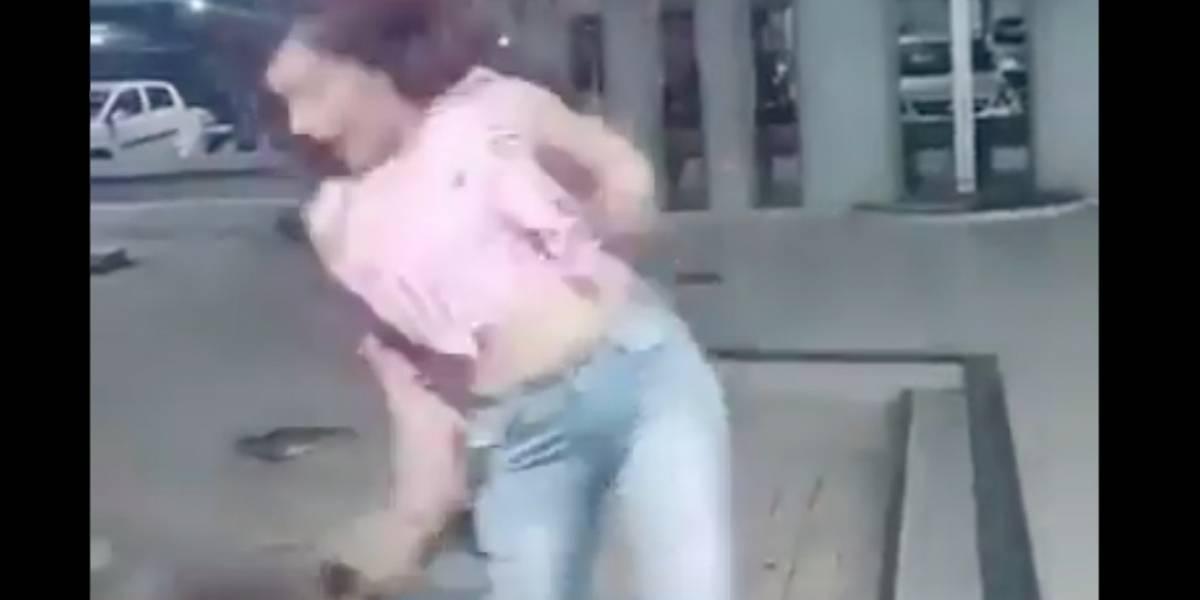 Hay que tener cuidado dónde se baila: perro muerde a mujer cuando grababa video para TikTok