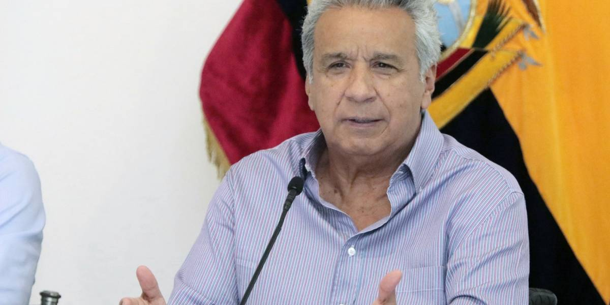 Economía.- Ecuador alcanza un acuerdo con acreedores para reducir la deuda en 1.500 millones de dólares