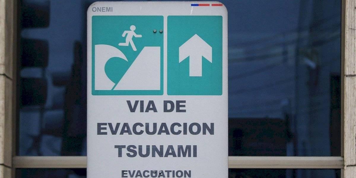 Roban equipos del sistema de alerta de tsunami en balneario de Hornitos en Mejillones