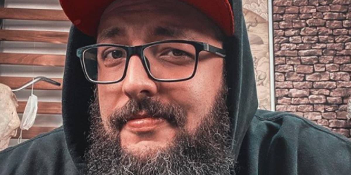 Youtuber Cauê Moura faz acordo judicial e pede desculpas a Silas Malafaia