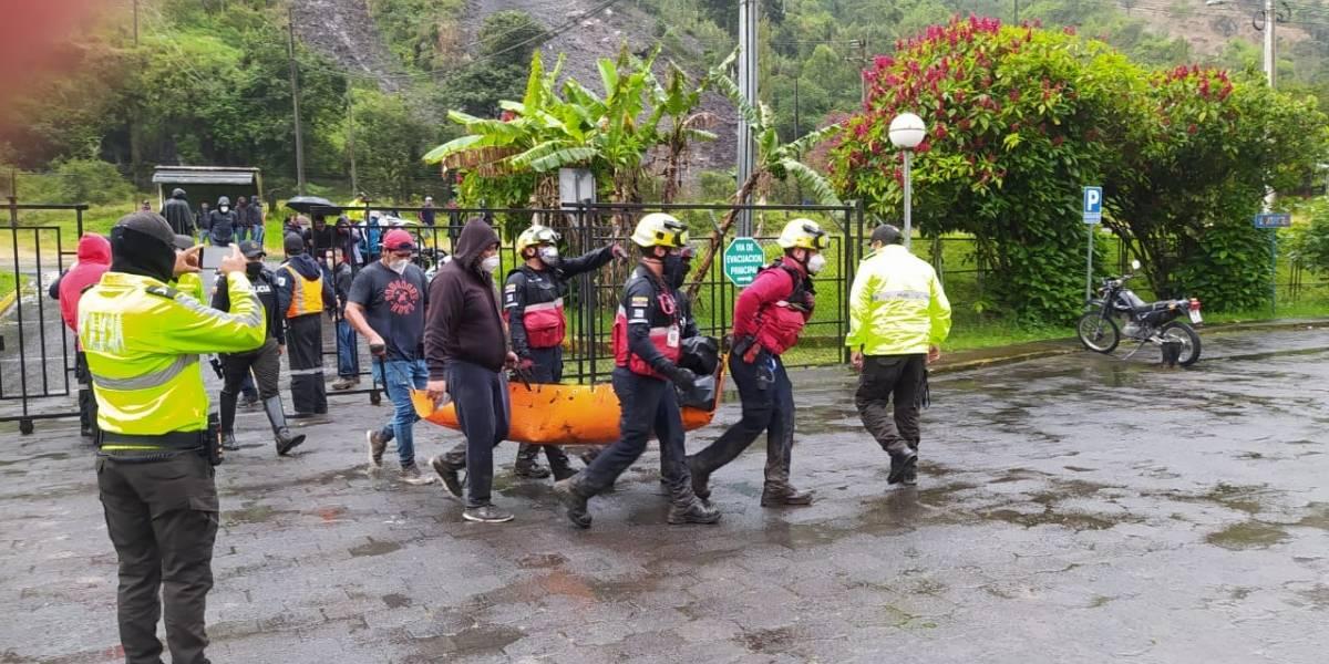 Deslave en Baños de Agua Santa dejó dos fallecidos