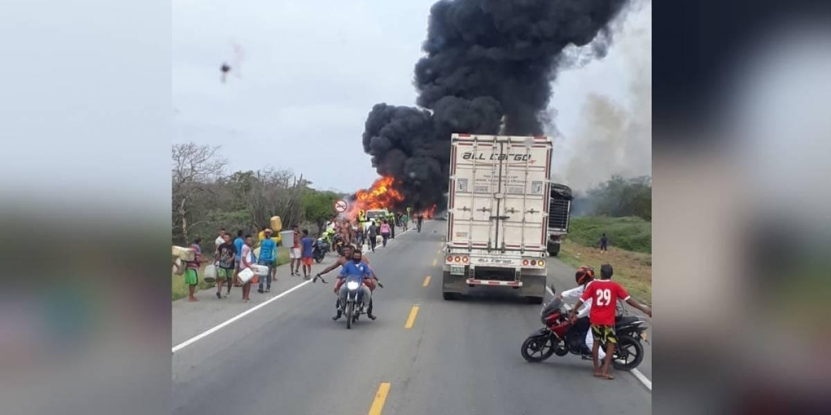¡Tragedia en Colombia! Camión cisterna accidentado se incendió mientras personas recogían combustible