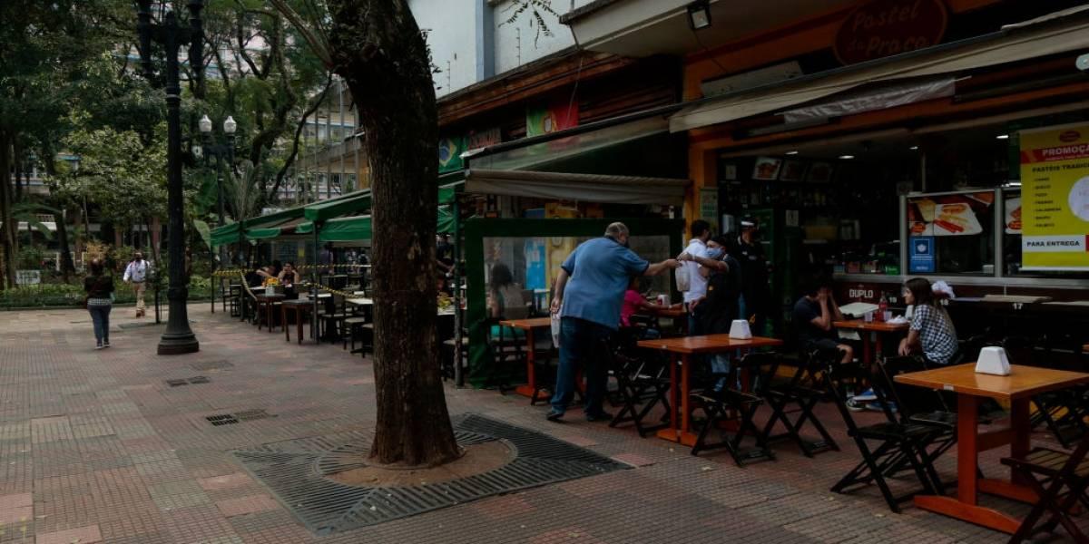 Parte dos restaurantes reabre em São Paulo, mas clientes têm receio