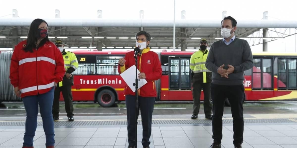(VIDEO) Alcaldesa Claudia López anuncia que TransMilenio cerrará más temprano este viernes