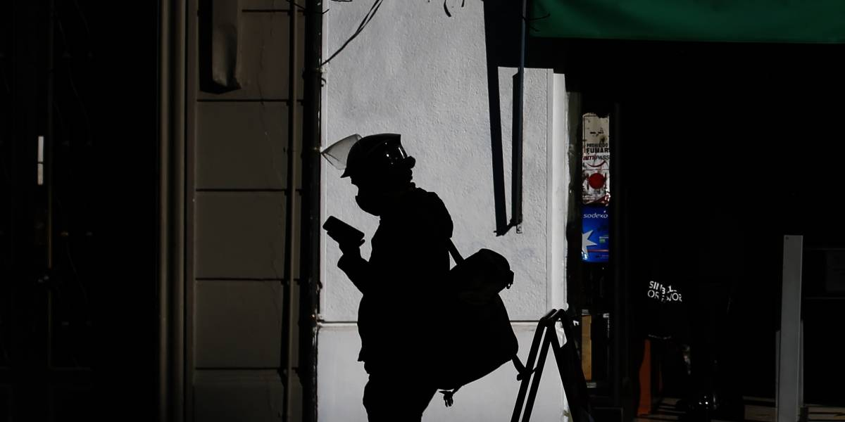 Un 70% de los santiaguinos cree que Ley de Protección al Empleo ha resguardado poco o nada a los trabajadores