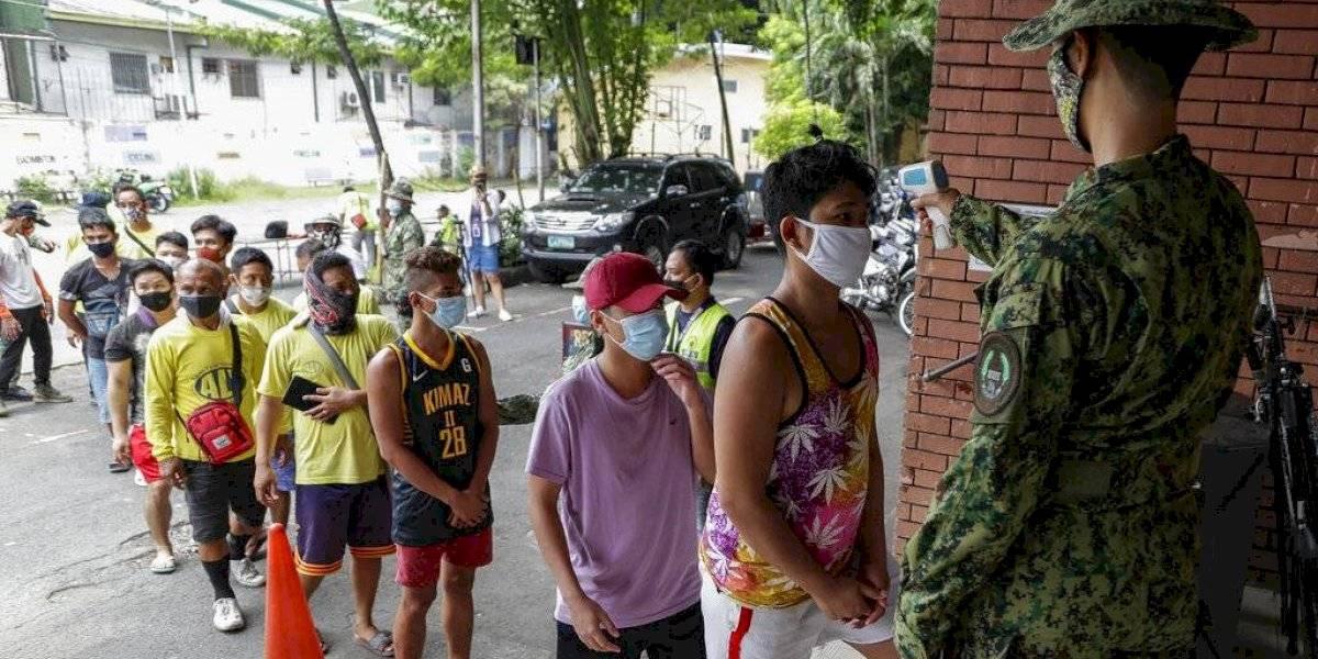 Contagios de coronavirus rebasan los 50 mil en Filipinas