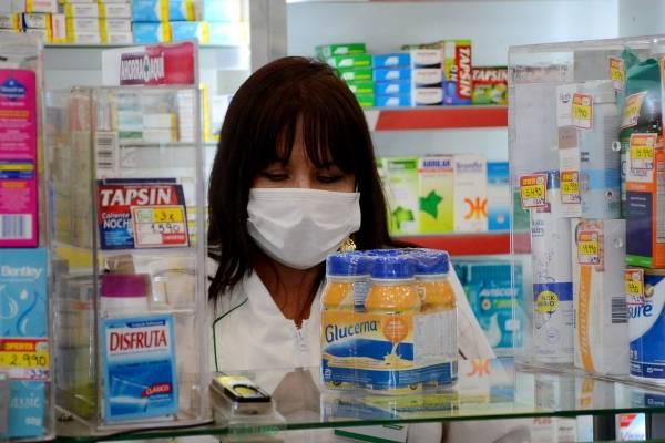 Colusión de farmacias: Sernac alcanzó acuerdo y se compensará a 53 mil clientes