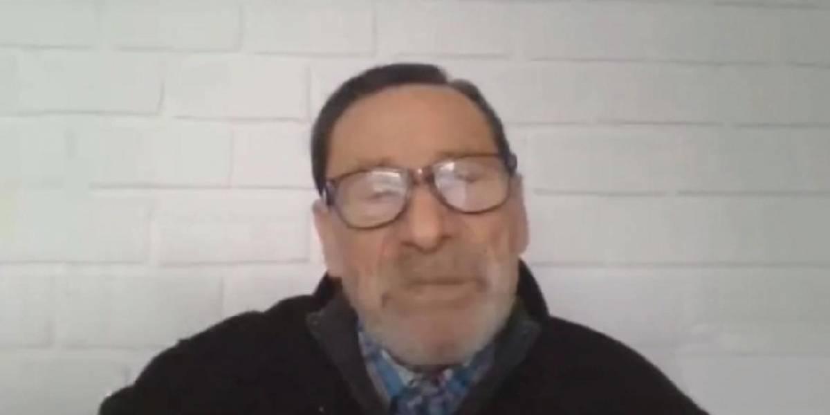 [Video] Emotivo homenaje de alumnos a profesor de 85 años por sus clases remotas