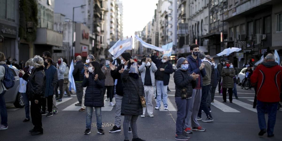 Protestas en Argentina por la prolongada cuarentena y contra el presidente Fernández