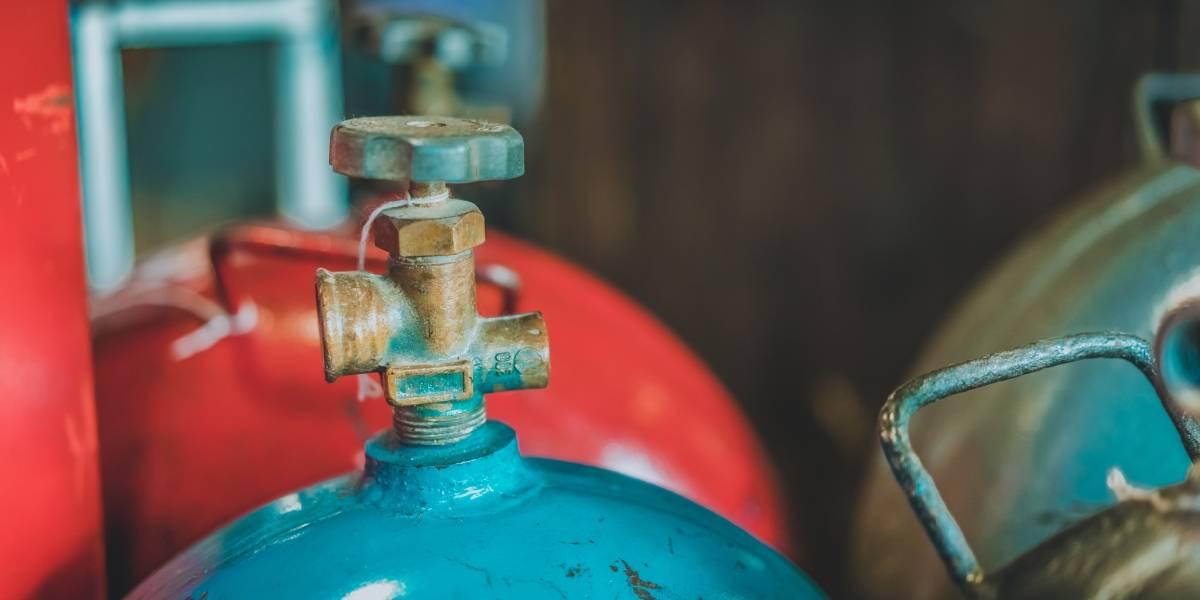 DACO emite 13 avisos de infracción a detallistas de gas licuado