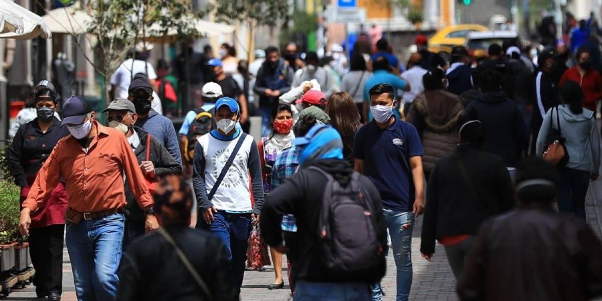 Ecuador podría enfrentar una nueva ola de COVID-19 en agosto, según modelo matemático