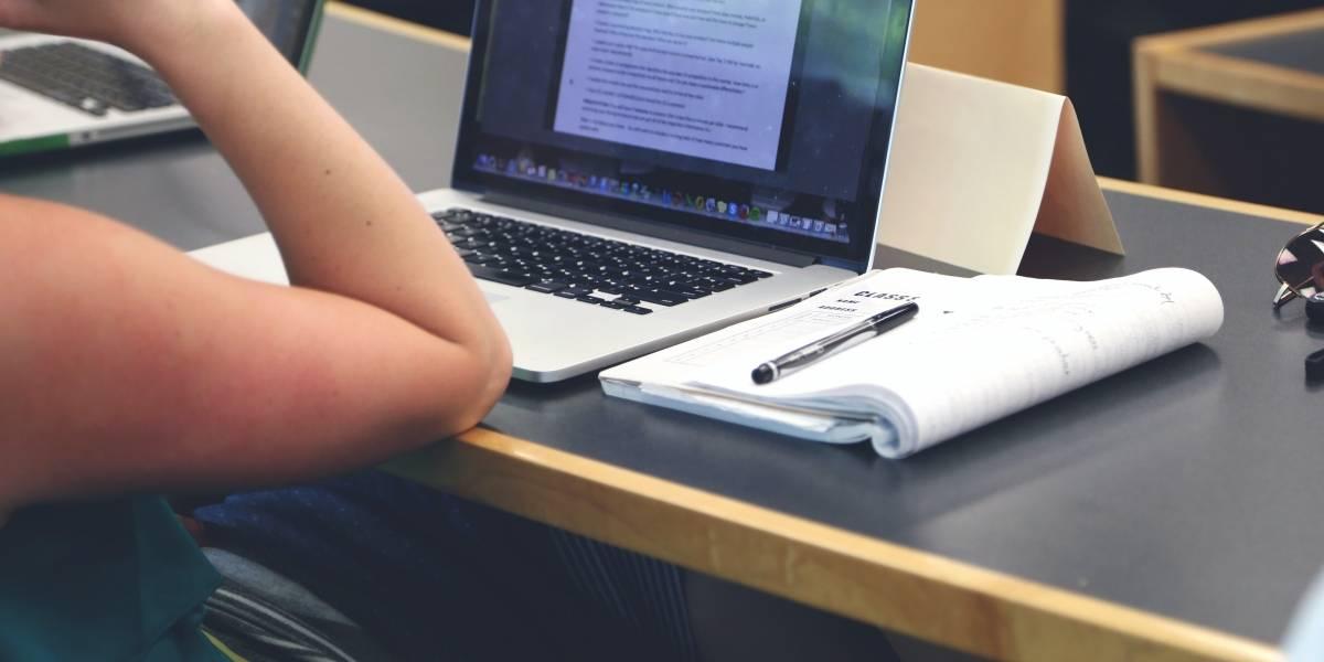 UTPL: Maestrantes comparten sus conocimientos en conversatorio virtual
