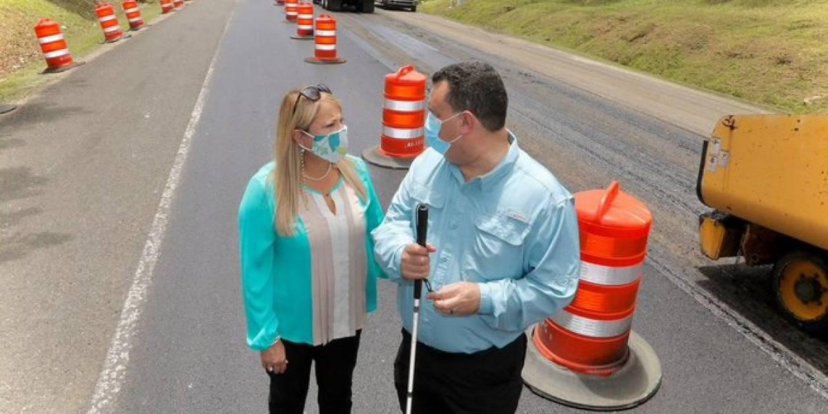 Colocan primera piedra para reparación de carretera PR-459 entre Aguadilla e Isabela