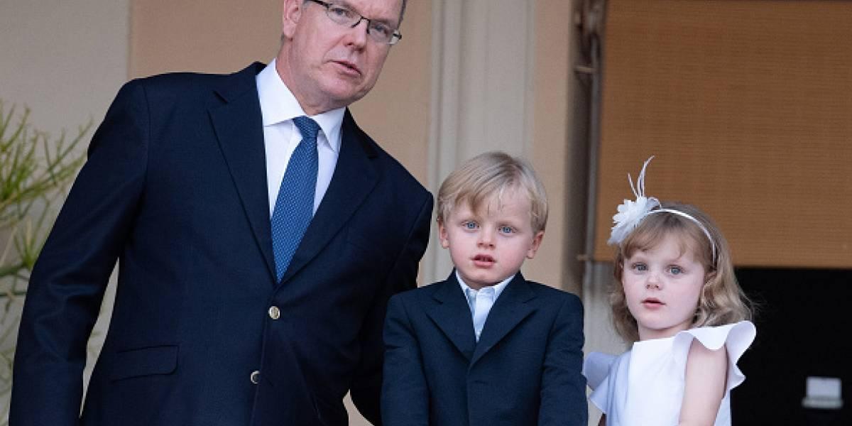 Brasileira diz ter filha adolescente com príncipe Albert II de Mônaco
