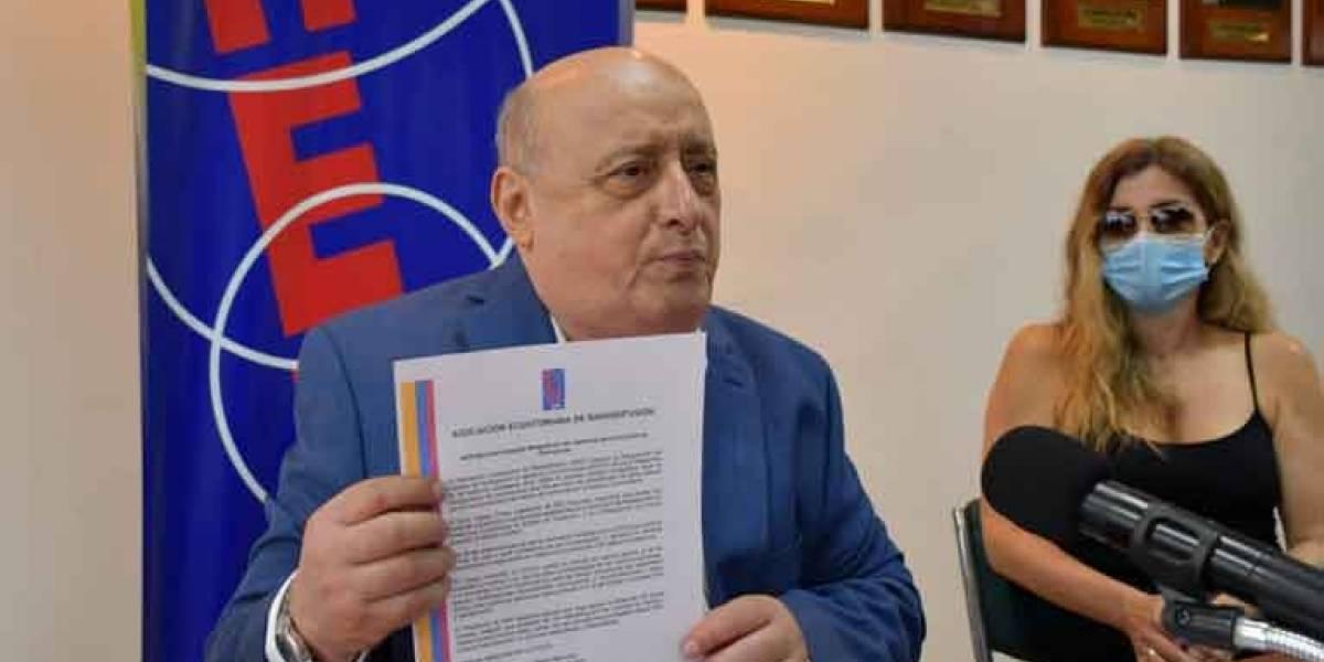 AER Nacional impugna designación de veedores para concurso de frecuencias