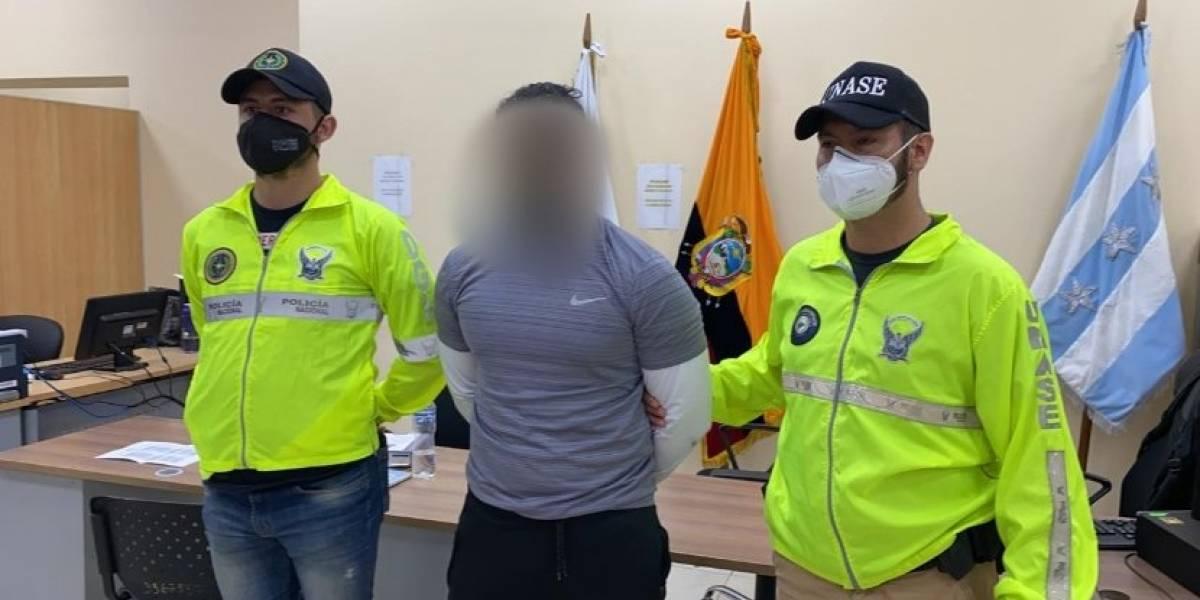Video: entrenador de Daniel Salcedo, Abraham Muñoz, fue detenido